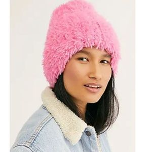 New Free People Head In the Clouds Fuzzy Beanie